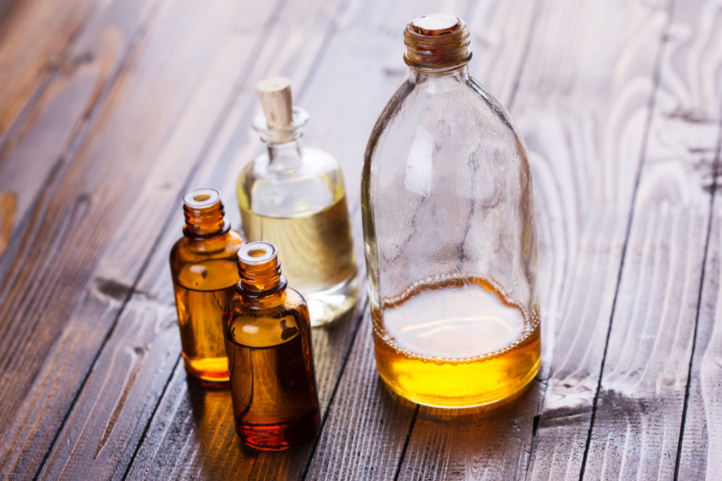 Essential Oils for Bed Bug Repellent and Bites | Essential Oils